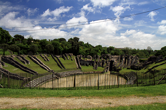 Gallo-Roman amphitheatre (leftovers), French Heritage monument to Saintes.