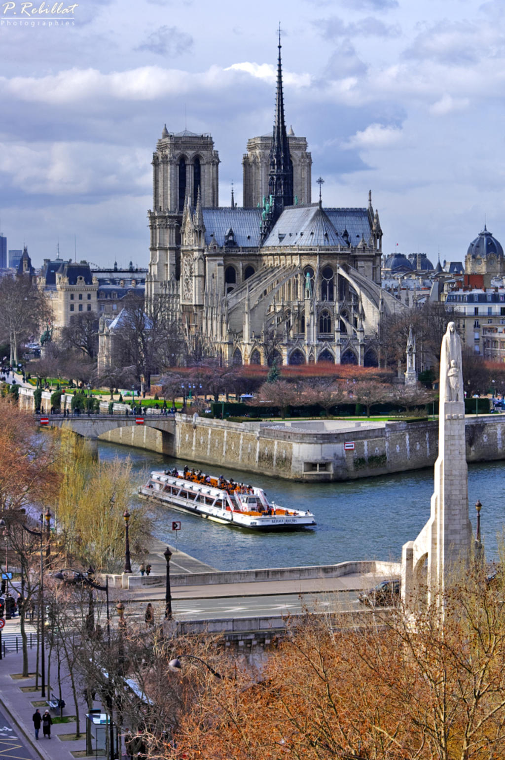Cathédrale Notre Dame à Paris 4eme arrondissement.