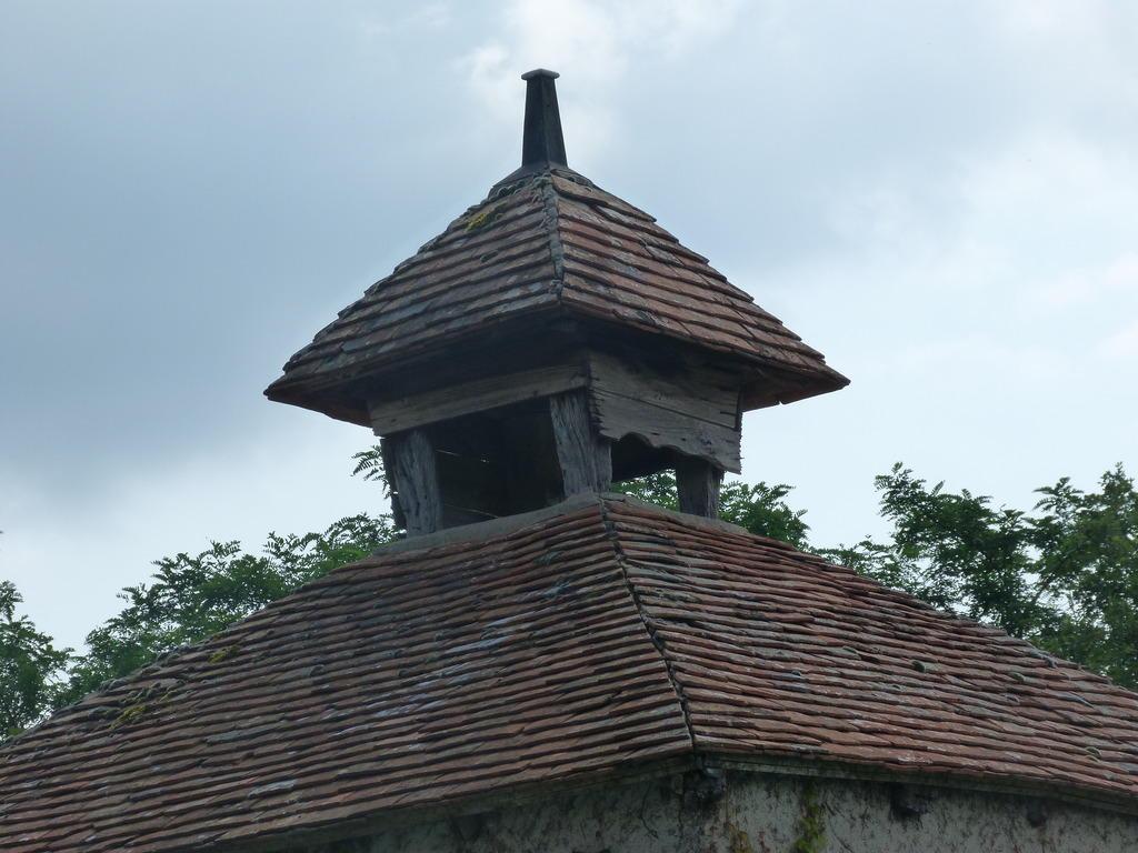 Pigeonnier à Vendat.