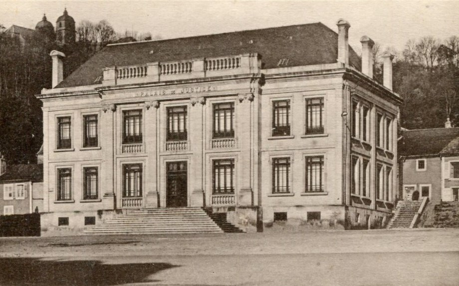 Palace of Justice, French Heritage monument to Montmedy.