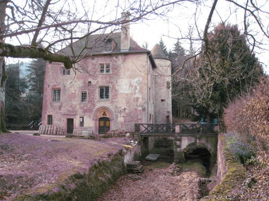 Castle of Volkrange and its common, French Heritage monument to Thionville.