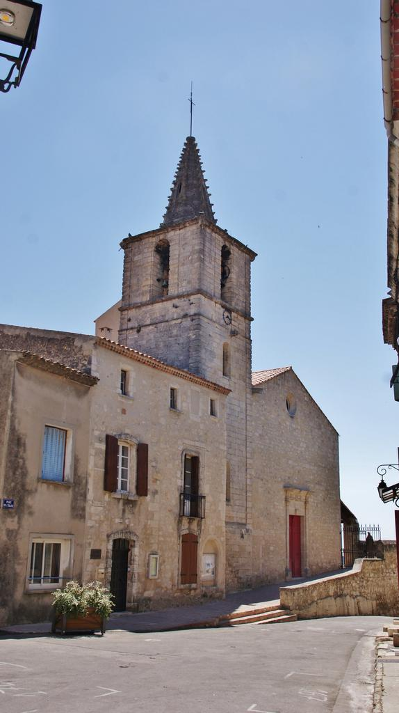 Eglise paroissiale Saint-Blaise à St mitre les remparts.