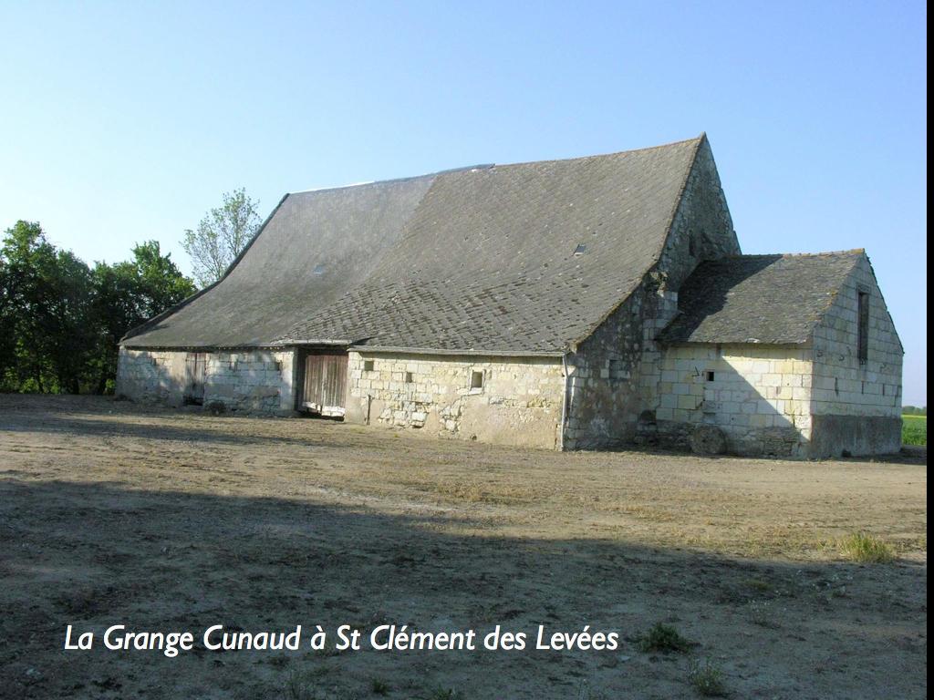 grange aux dîmes de bénédictins dite La Grange de Cunault par anonymous contributor