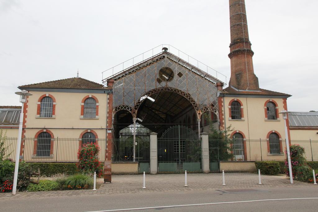 Ancienne usine-pensionnat Girodon par dofel
