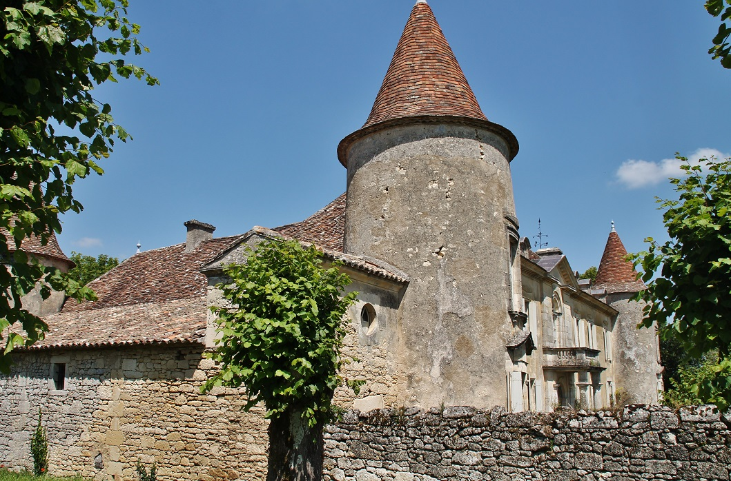 Castle of Matecoulon, French Heritage monument to Montpeyroux.