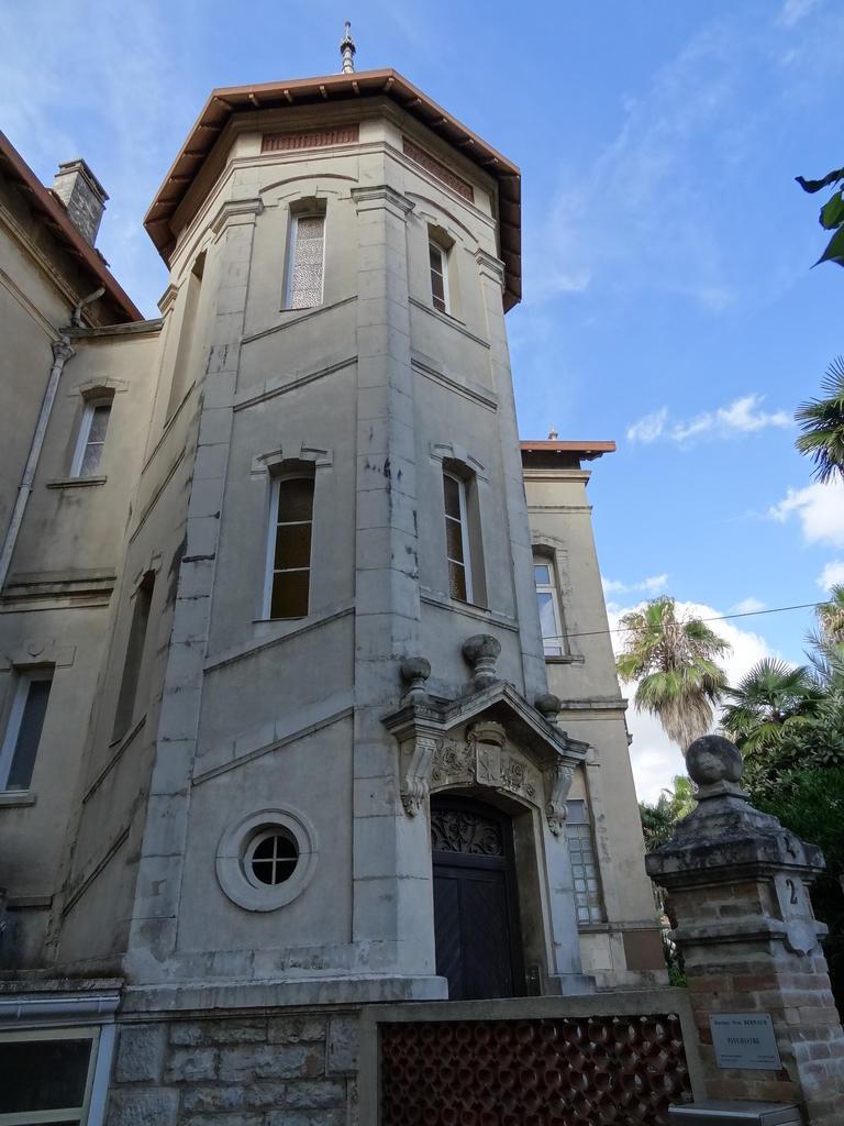Maison de villégiature, dite Villa de la Paix. à Hyeres.