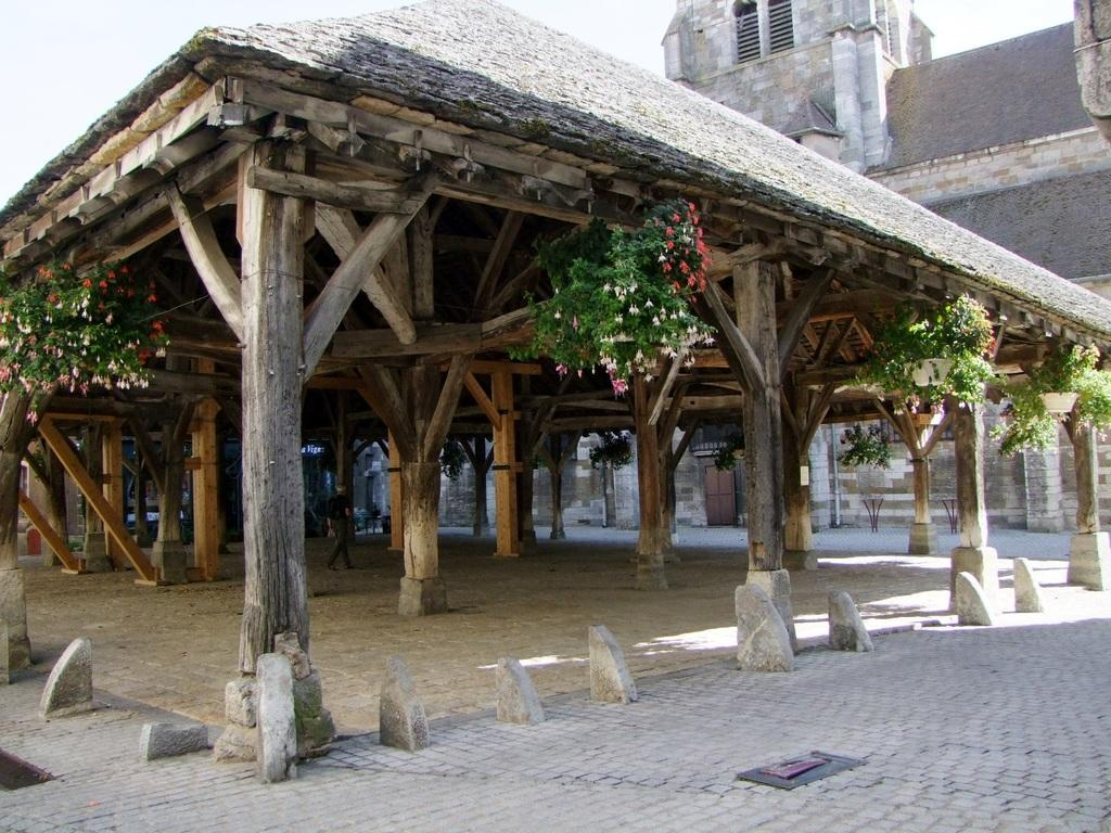 Halle aux Grains, French Heritage monument to Nolay.