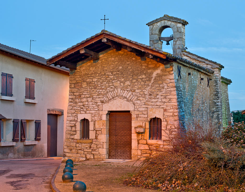 Church in the hamlet of La Chapelle, French Heritage monument to Quincieux.
