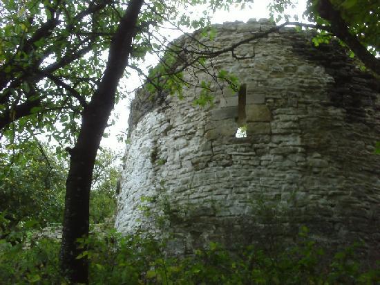 Château à Moyen.