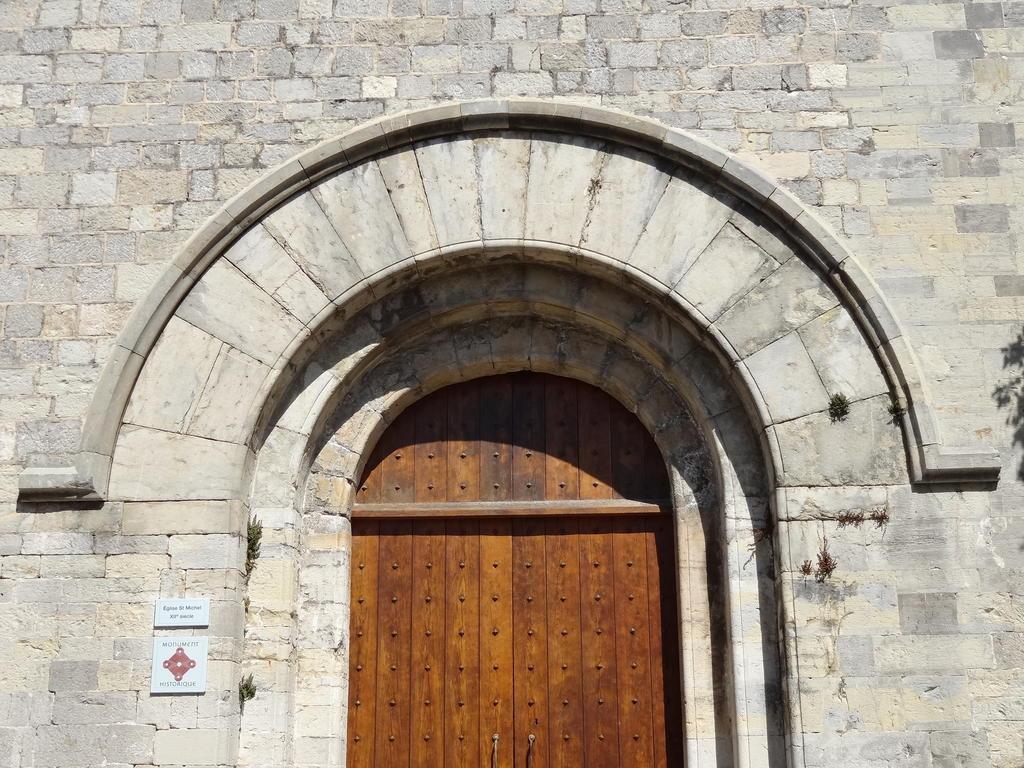 Eglise à Sollies ville.