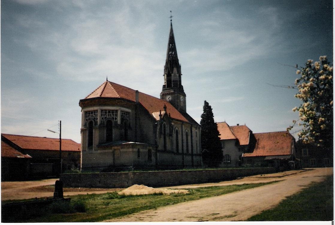 église paroissiale Saint Saintin à Mogeville.