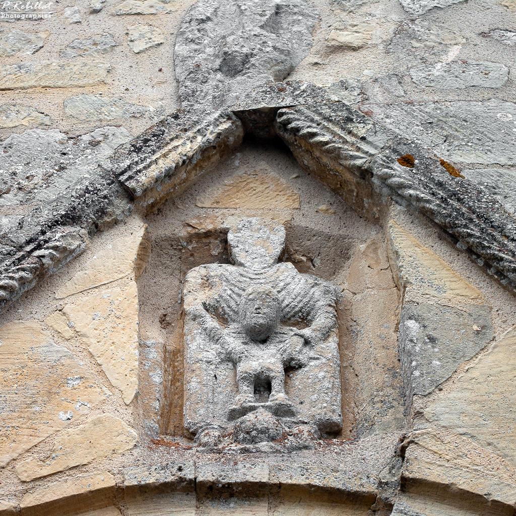 Eglise à Loucelles.