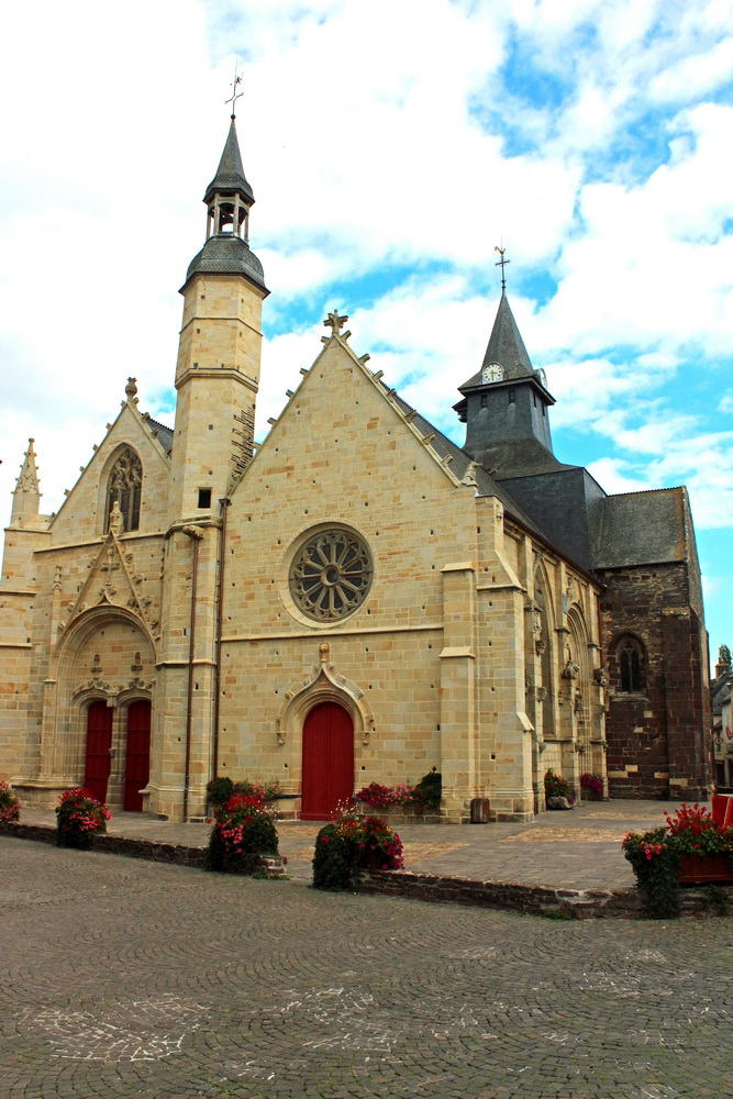 Church Saint-Gilles, French Heritage monument to Malestroit.