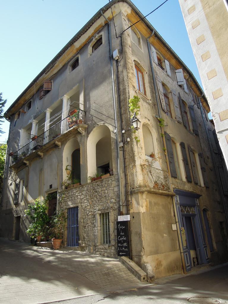 Maison Poch par pintora
