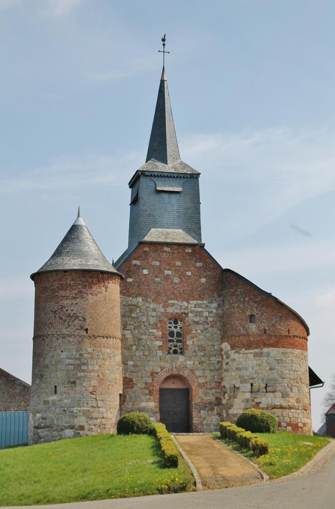 Church, French Heritage monument to Bancigny.