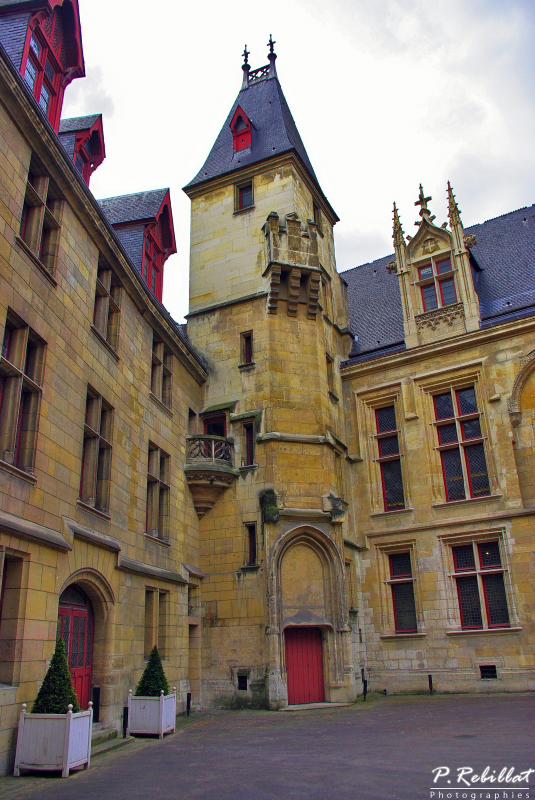 Hôtel de Sens à Paris 4eme arrondissement.
