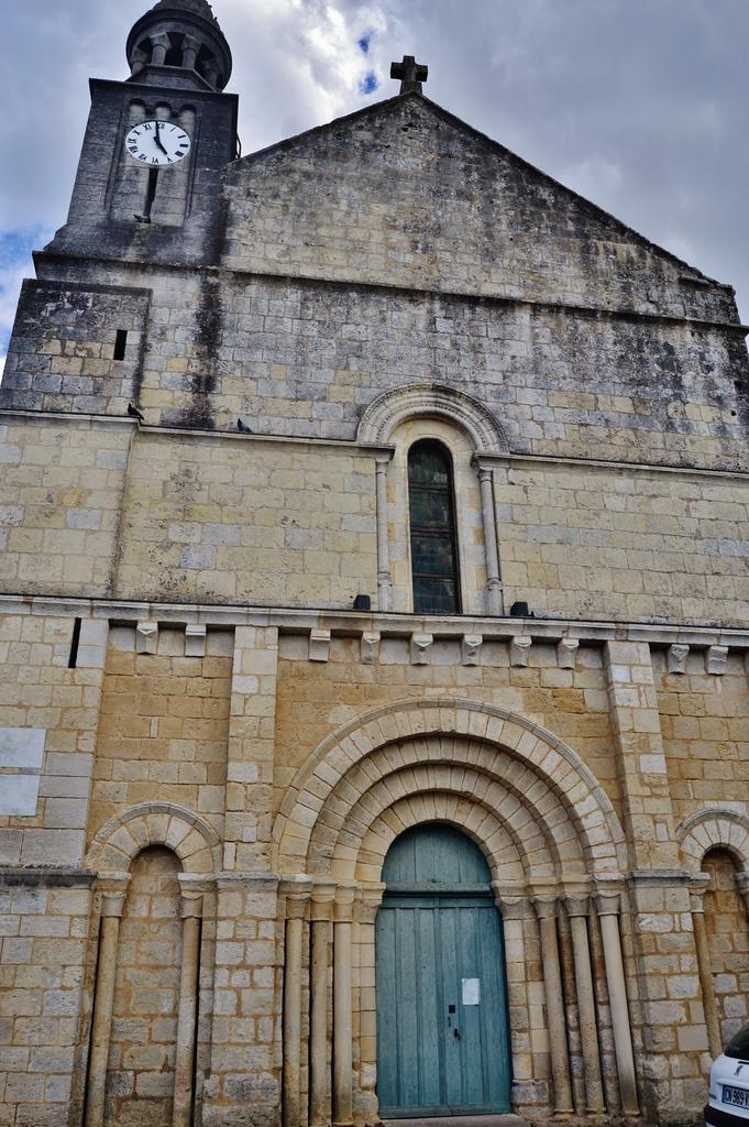 Eglise à Les nouillers.
